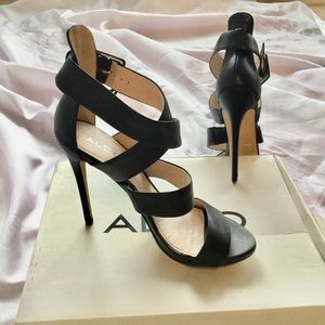 ALDO New-In-Box Gorgeous Blk Stilettos Sz9